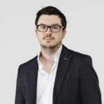 Jon Richards, CEO at yallacompare.com